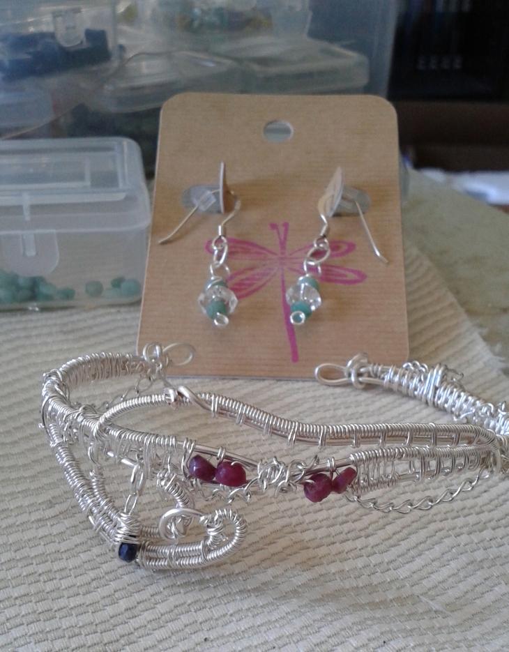 Bracelet/cuff and earrings